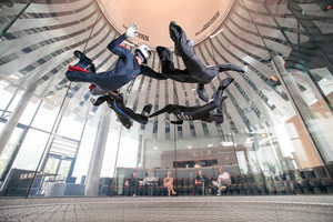 Indoor Skydiving Disziplin Relativ Work